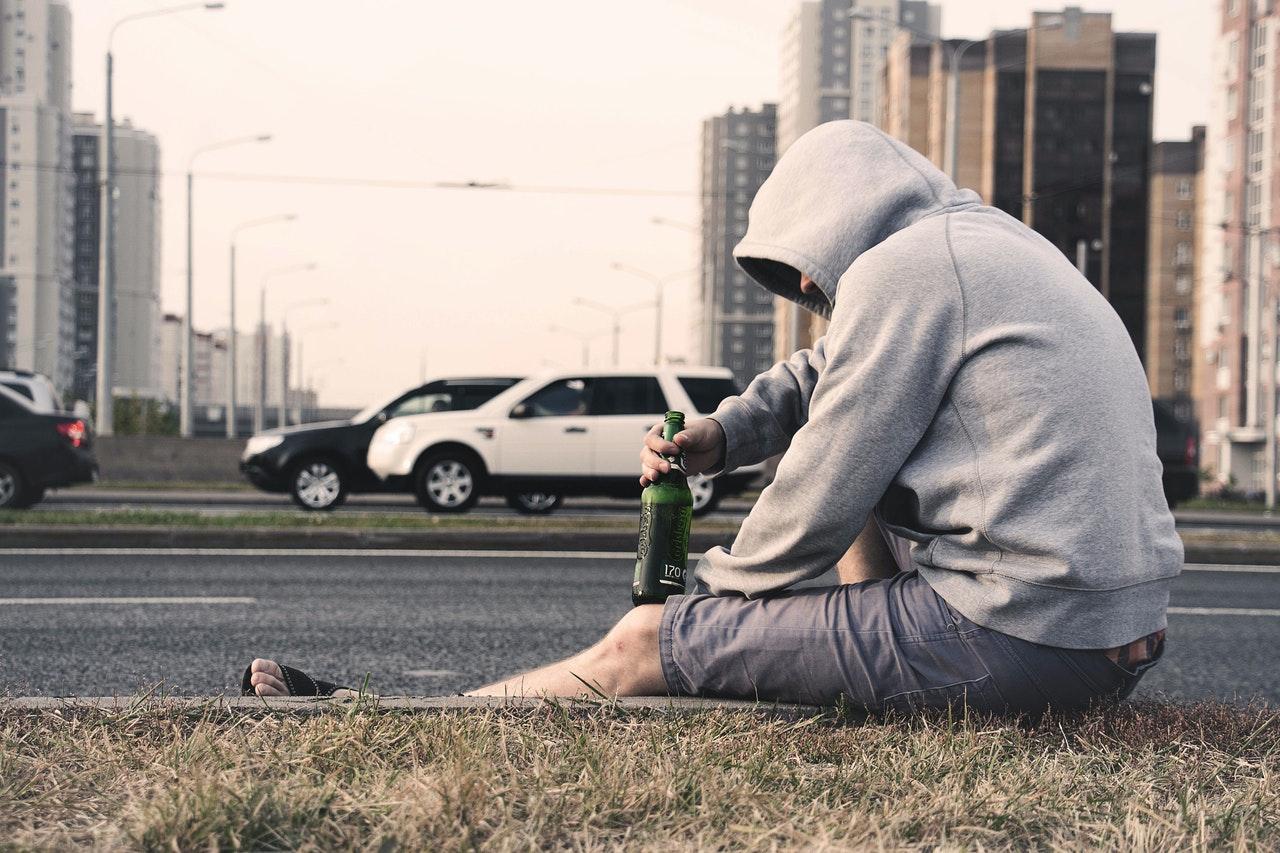 Read more about the article Traitements contre l'alcoolisme : conseils pour reprendre le contrôle de la situation
